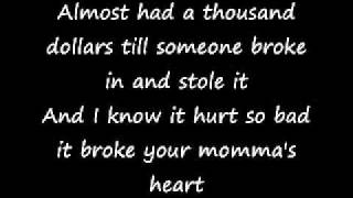Repeat youtube video Eminem - Mockingbird (Lyrics)