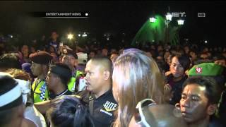 Hadiri Ulang Tahun Kota Purwakarta, Luna Maya Diserbu Fans