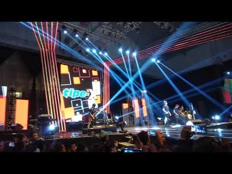 Tipe-X - Selamat Jalan KOMIK(KOLABORASI MUSIK KITA) PRI(PEKAN RAYA INDONESIA) 2017 ICE BSD SERPONG