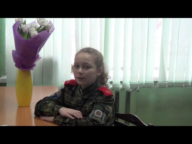 Изображение предпросмотра прочтения – МаринаПономарёва читает произведение «Первый лист» Ф.И.Тютчева