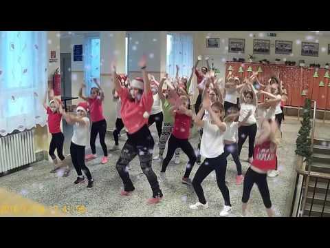🎄 Miley Cyrus - Rockin around the christmas tree - DanceFitness Kids - Kiskunlacháza