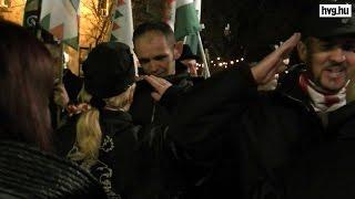 """""""Nem kell migránssimogató"""" - tüntetett a Jobbik"""