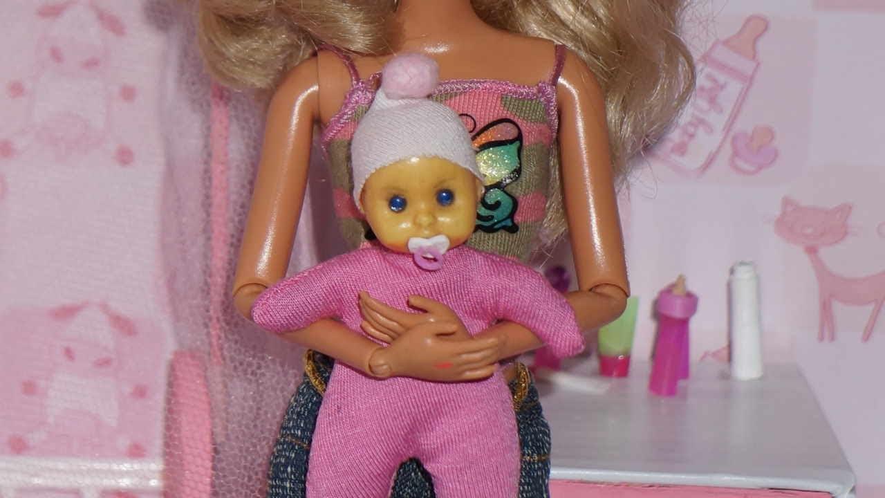 Como fazer mamadeira e chupeta para beb de boneca monster for Chambre bebe toys r us