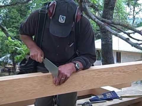 Preparando los encastres para las vigas del techo youtube - Como hacer un techo de madera ...