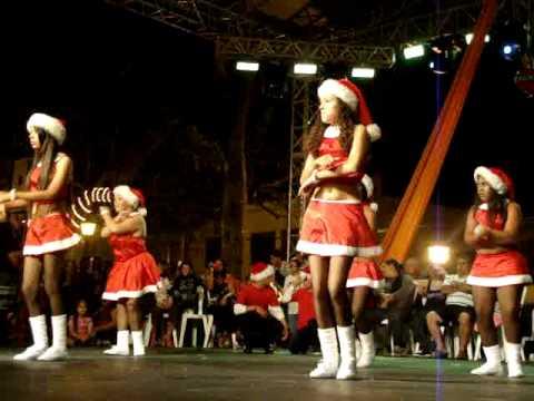 Baile de Josefina ferrero En el Encendido de la Navidad