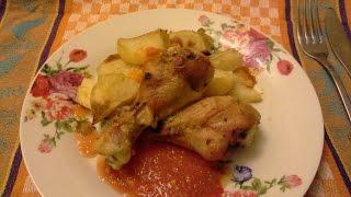 Куриная голень с картошкой и тыквой в духовке.