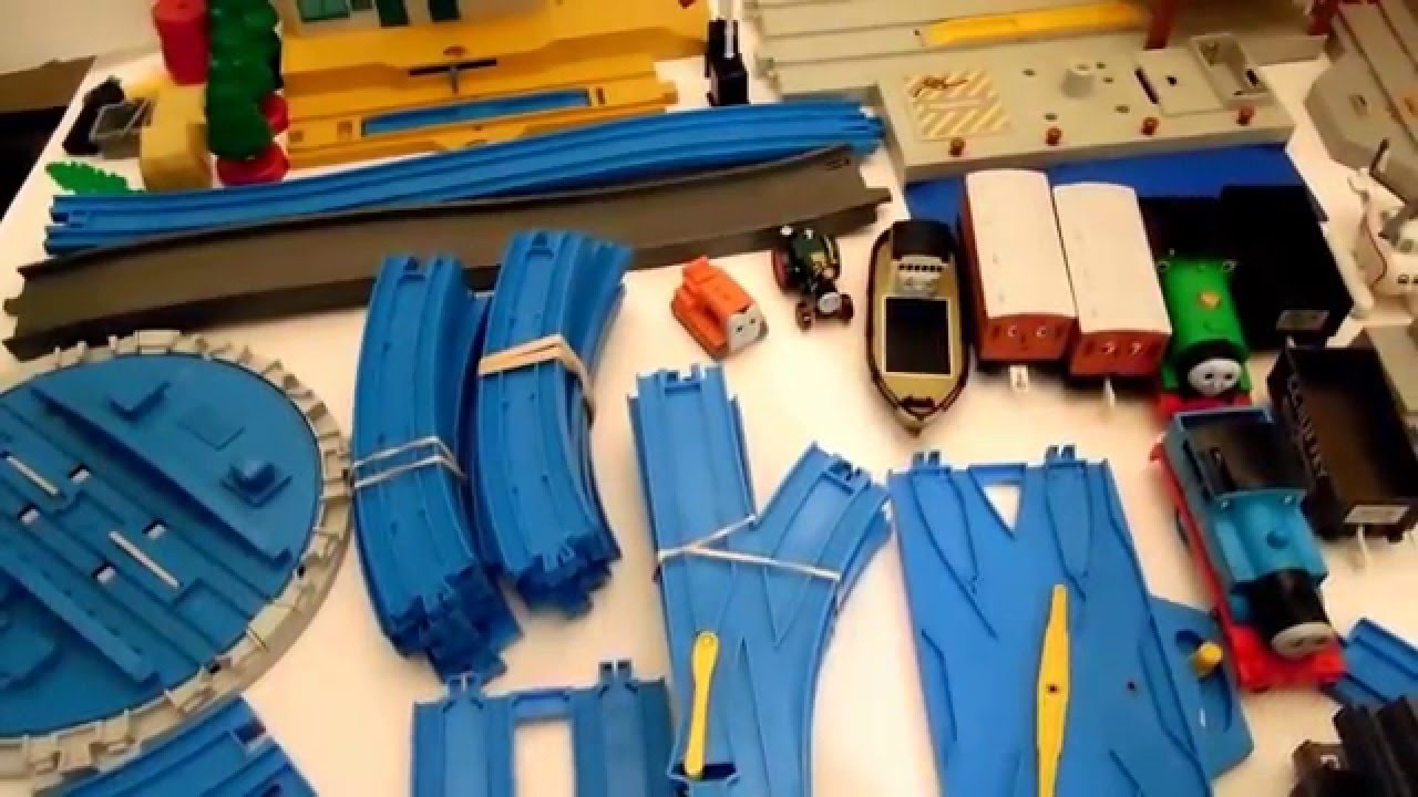 Tomy Trackmaster Thomas train set piece Rotating TURNTABLE for blue track.