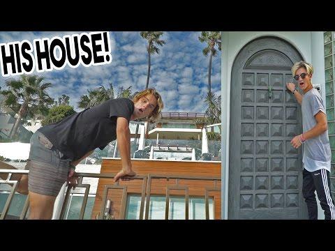 KNOCKING ON JUSTIN BIEBERS DOOR!