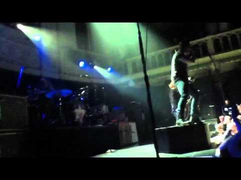 Shinedown Intro + Sound of Madness (Live @ Paradiso)