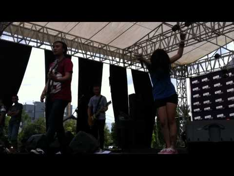 The Frustaters - Berakhirlah (Live at KEHED Fest 2013)