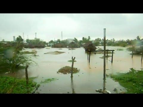 إعصار -فيثاي- يضرب جنوب الهند ويسفر عن مقتل شخص  - نشر قبل 5 ساعة