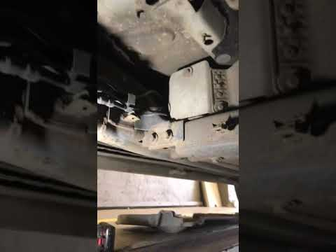 Land Rover rangerover sport diesel fuel filter location - YouTubeYouTube