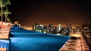 Бассейн на крыше отеля(Сингапур., 2015-07-23T23:24:46.000Z)