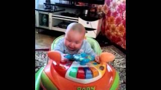 Первая песня моего племянника