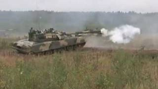 t 80 russian main battle tank can hit moving targets and operate under water video ria novosti mp4