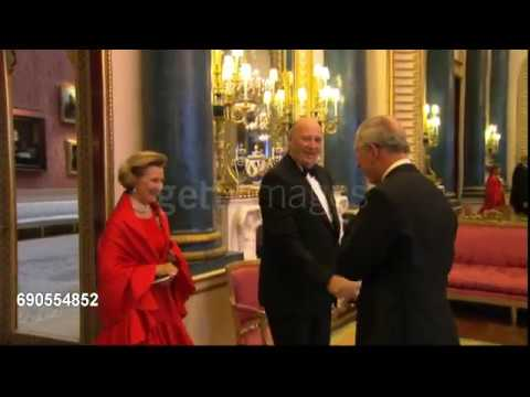 The Prince of Wales and the Duchess of Cornwall greet the King and Queen of Norway.