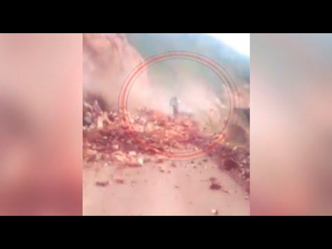 Mujer muere sepultada por enorme huaico en Cusco
