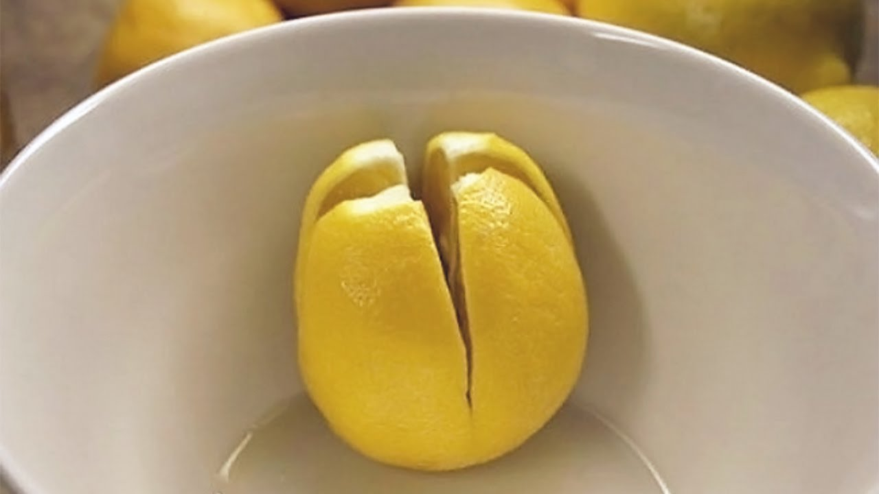Here's Why You Should Place Sliced Lemons Beside Your Bed At Night
