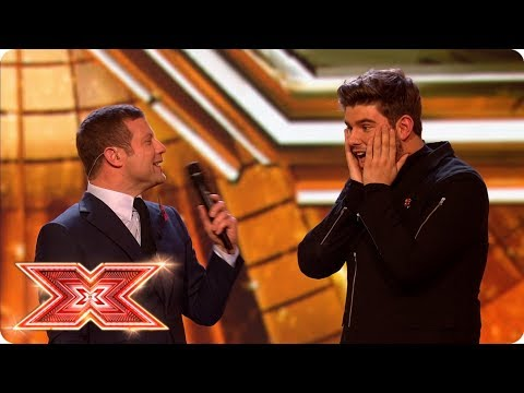 Kevin and Lloyd battle it out in tonight's Prize Fight  | Live Shows | The X Factor 2017