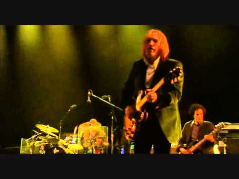 Tom Petty and the Heartbreakers - Mary Jane's Last Dance   Isle of Wight 2012 Pro Shot