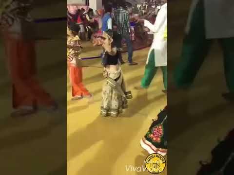 Little Baby girl Gujarati Garba(2)