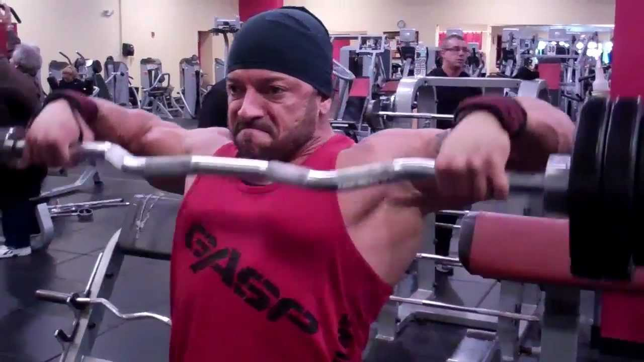 Rick Bencomo - Wide grip barbell upright rows - YouTube