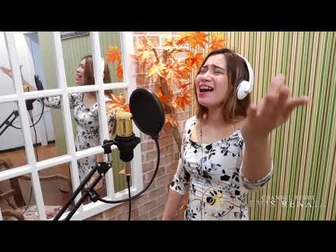 Titip Rindu Buat Ayah - Ebiet G Ade cover by Evis Renata