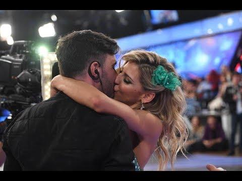 El tremendo beso de Fede Hoppe y Macarena Rinaldi en la pista de Showmatch
