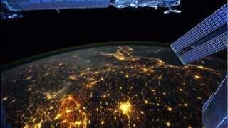 видео Как посмотреть со спутника в реальном времени