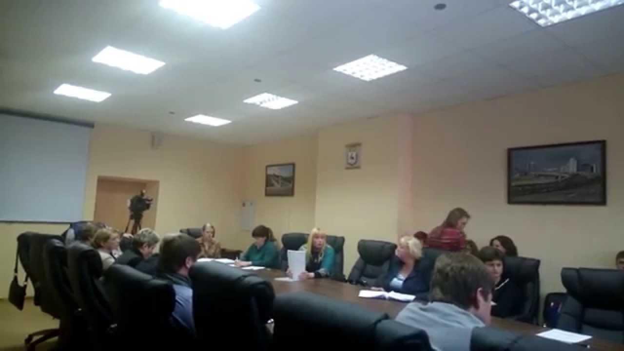 """Бизнеследи Макарычева рассказала о том, как глава района """"кошмарит"""" ее бизнес"""