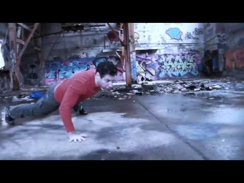 STREET CALISTHENICS & MOVEMENT
