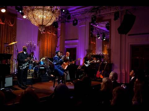 Natalie Cole Performs at the White House: 4 of 11