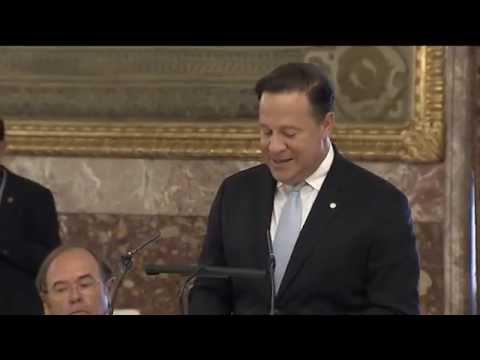Los Reyes ofrecieron un almuerzo al Presidente de Panamá, Juan Carlos Varela