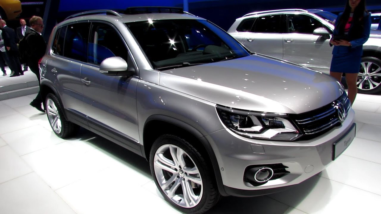 2014 volkswagen tiguan 2 0 tsi exterior interior. Black Bedroom Furniture Sets. Home Design Ideas