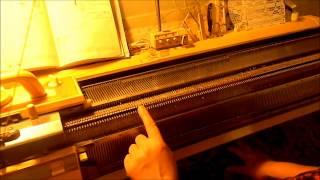 Видео урок вязальная машина, первый ряд и заработок(Сайт обо всем что можно сделать своими руками http://www.sdelalrukami.ru/ . Видео урок по вязанию на вязальной машине,..., 2013-01-12T17:26:34.000Z)