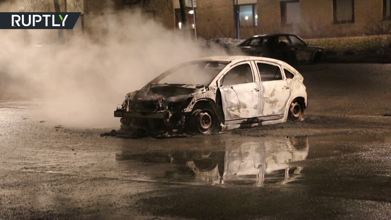 Rinkeby riots aftermath: Heavy police presence, burnt cars in Stockholm suburb