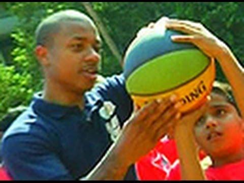 NBA star Isaiah Thomas promotes basketball in India