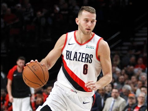 Led by Nik Stauskas, Portland Trail Blazers' bench steals opening night: 'We're going to make some noise'