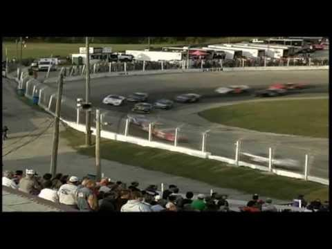 TUNDRA Super Late Model Series Round Six at Slinger Speedway (complete with commentary)