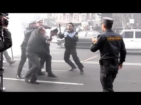 '20 Detained' As Armenia Police Block Anti-government March In Yerevan