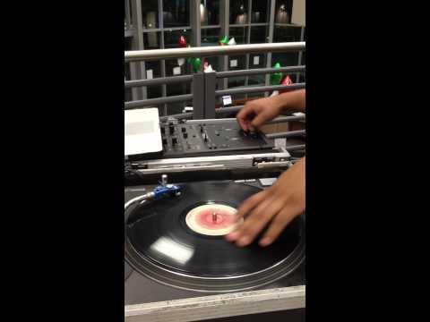 DJ BEBO Scratching Session inside LA FITNESS
