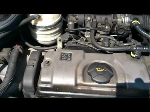 Claquement moteur essence au ralenti