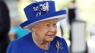 Queen reflects on 'somber national mood' thumbnail