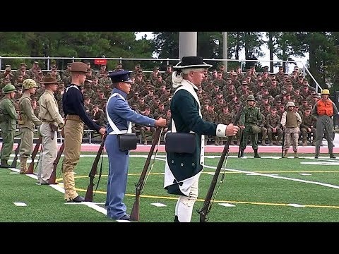 Historical Military Uniforms - Marines Celebrate 238 Years with Joint Daytime Ceremony