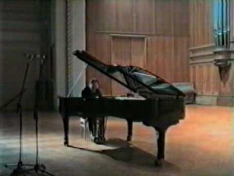 Igor Kamenz plays Chopin arr.  Liszt, Maidens Wish