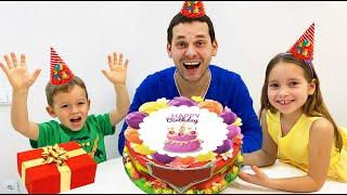 صوفيا وماكس تستعد كعكة والمفاجآت لعيد ميلاد الأب!