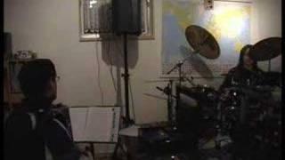 aidamir mugu -4ornie glasa(akkordeon und drums)