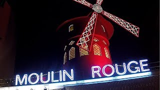 Walking Around Paris. Montmartre and the Moulin Rouge