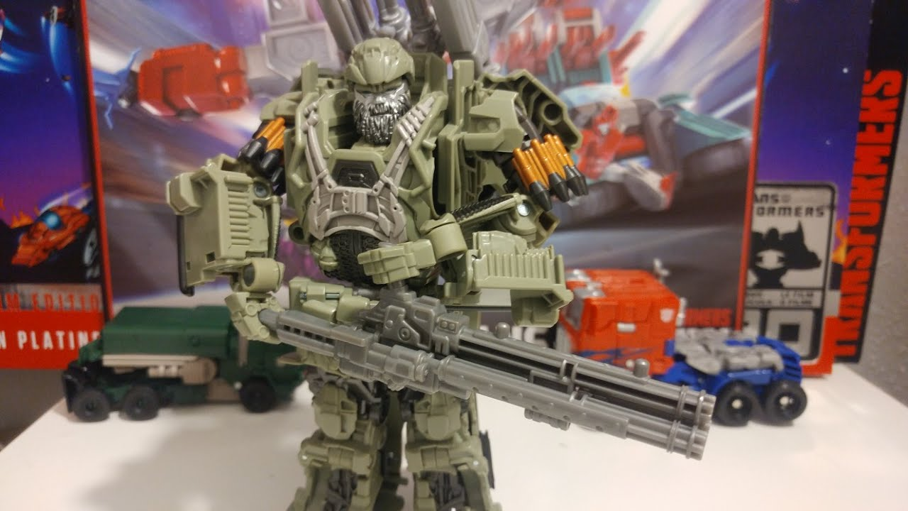 The Last Knight Premier Edition Voyager Class Autobot Hound Transformers