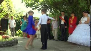 Танец подарок на свадьбу Ивану и Юлии